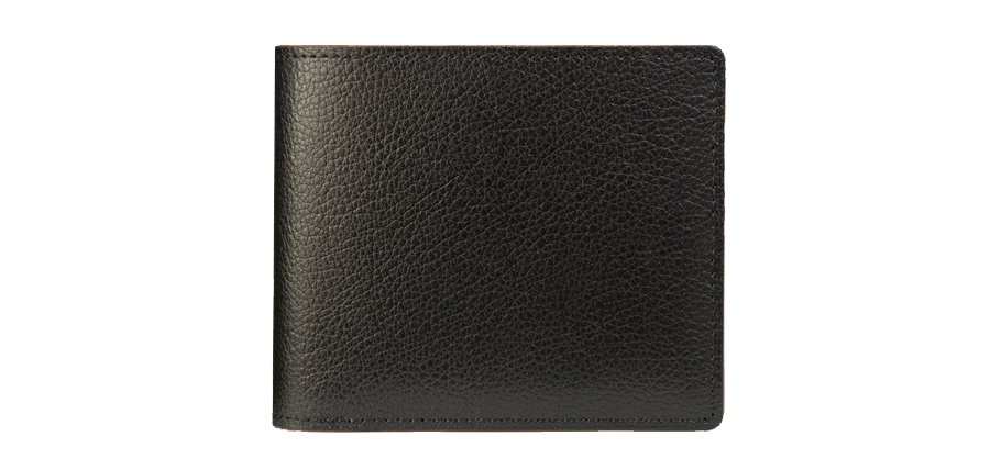 コンパクトなサイズながら貫禄のある存在感。定番の二つ折り財布